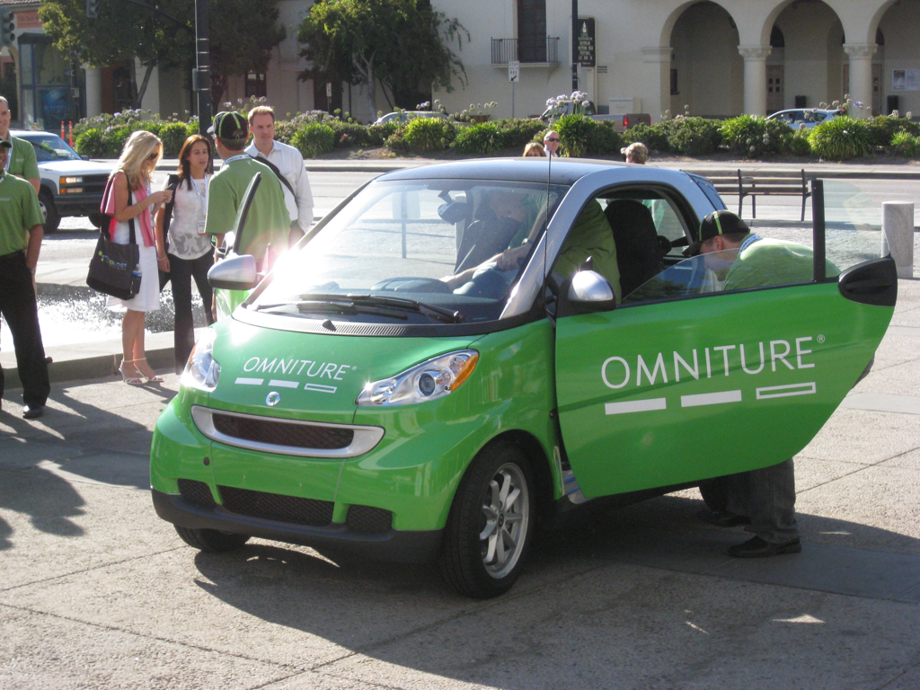 Omniture smart car
