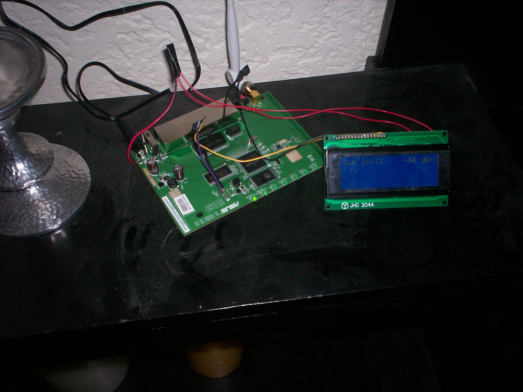WiFi radio with LCD